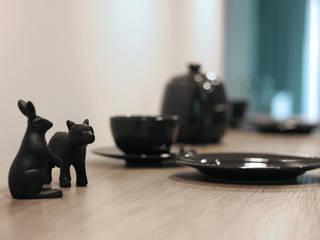 Cocinas de estilo escandinavo de IDAFO projektowanie wnętrz i wykończenie Escandinavo