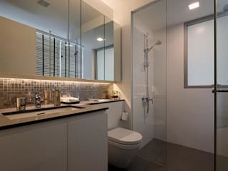Minton Condo Interior Design Singapore: modern Bathroom by Posh Home