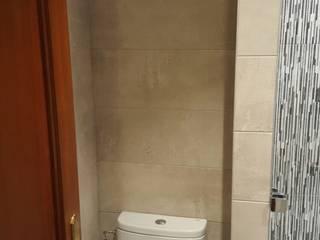 foto baño reformado:  de estilo  de GLOBALITEDECOSTUDIO