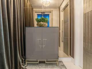 AMBIENTE 01 Corredores, halls e escadas clássicos por Leticia Athayde Arquitetura Clássico