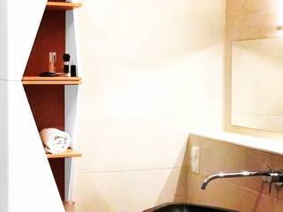Projekt moderne Einrichtung Urbanes Badezimmer:   von noook