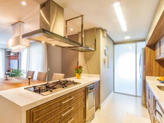 Cocinas de estilo clásico de Melo Mesquita Arquitetura Clásico