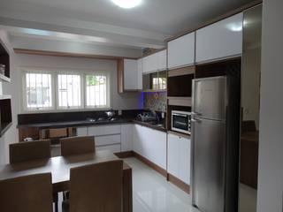 Cozinha Sob medida por A. Borges Móveis Moderno