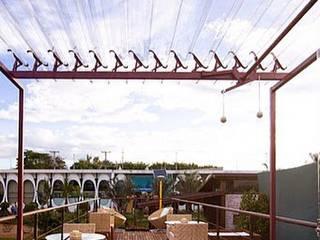 COBERTURAS ABRE E FECHA: Jardins  por TECHLAR - COBERTURAS INTELIGENTES