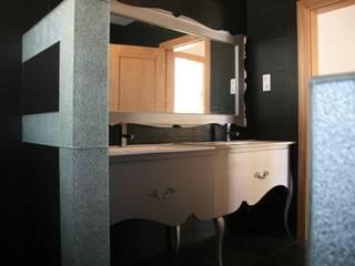 Casas de Banho - Salles de Bain - Bathrooms:   por Charmovis