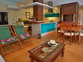 Cozinha Gourmet Recyklare Projetos de Arquitetura , Restauro & Conservação Cozinhas rústicas Tijolo Multi colorido