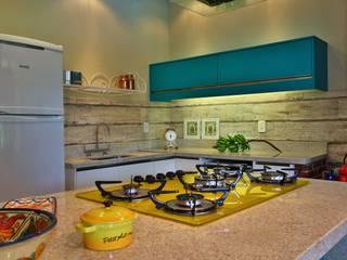 Cozinha Gourmet Recyklare Projetos de Arquitetura , Restauro & Conservação Cozinhas rústicas Cerâmica Multi colorido