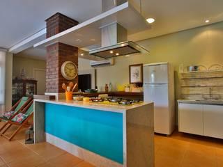 Cozinha Gourmet Recyklare Projetos de Arquitetura , Restauro & Conservação Cozinhas rústicas Granito Multi colorido