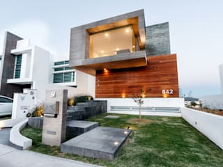 SANTIAGO PARDO ARQUITECTO Single family home Wood