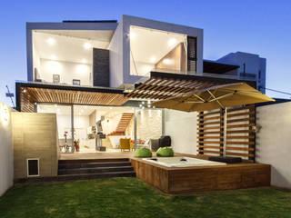 CASA ALEGRA Casas modernas de SANTIAGO PARDO ARQUITECTO Moderno