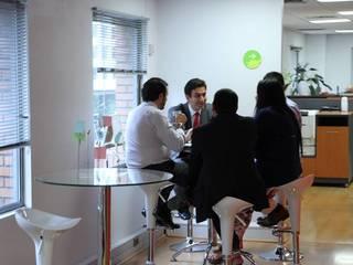 Super A Studio Ofisler ve Mağazalar Cam Beyaz