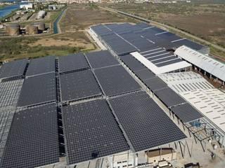 Estruturas Fotovoltaicas:   por Slefty