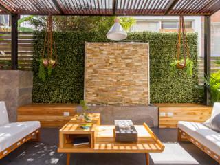 Patio Casa Mediterránea Balcones y terrazas de estilo mediterráneo de Adrede Diseño Mediterráneo
