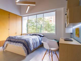 modern Bedroom by Adrede Diseño