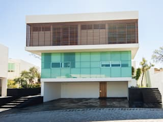 TaAG Arquitectura Minimalist house
