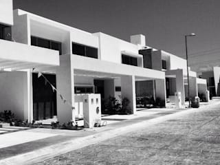 Residencial Palmaris: Casas de estilo  por TaAG Arquitectura