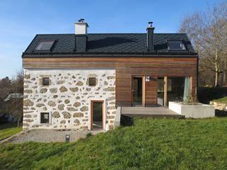 Um- & Zubau Bergtischler Moderne Häuser von illichmann-architecture Modern