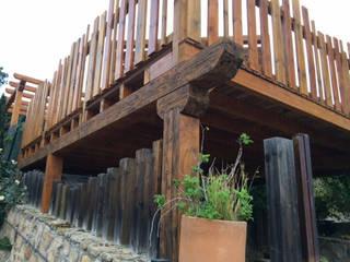Pergola: Terrazas de estilo  de Instalaciones y Suministros en Madera Tarima Tropical