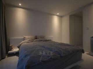 [신혼집인테리어] 서울 영등포 대림동 한솔솔파크 아파트인테리어 33PY 모던스타일 침실 by 디자인스튜디오 레브 모던