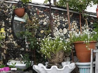 BYAZ İnşaat Mimarlık ve Tasarım – dış mekan-cephe :  tarz Bahçe