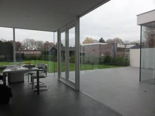 Vebrouwing woning:  Studeerkamer/kantoor door Voss architecture,