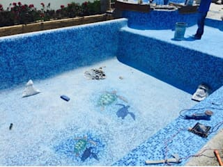 Piscinas de estilo colonial de Albercas Aqualim Toluca Colonial