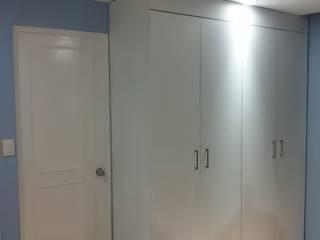 TARANGO 206 Dormitorios modernos de Protocolo Ingeniería & Arquitectura Moderno
