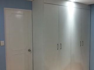 臥室 by Protocolo Ingeniería & Arquitectura,