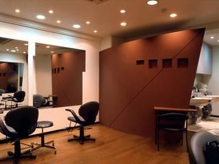 美容室 HAIR SALON - CR モダンな商業空間 の HASAS 一級建築士事務所 長谷川健吾建築設計事務所 モダン