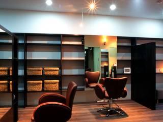 美容室 HAIR SALON - CO 北欧風商業空間 の HASAS 一級建築士事務所 長谷川健吾建築設計事務所 北欧