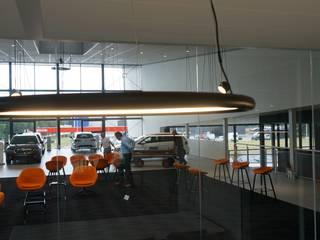 led verlichting Toss B:  Autodealers door AID Interieur Architecten