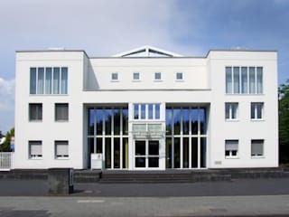 Dienstleistungs- und Informationszentrum Stadtwerke Troisdorf:  Bürogebäude von Architekturbüro Uerdingen