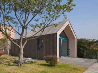 Modern houses by 솔토지빈 Modern