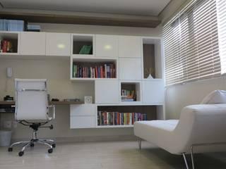 Consultório Psiquiatra: Clínicas  por DH Arquitetura,Moderno