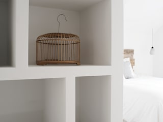 Scandinavian style bedroom by J.PHINE Scandinavian
