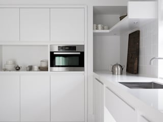 SMALL LIVING:  Keuken door J.PHINE