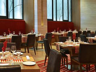 Restaurants:  Bars & clubs by Zeba India Pvt. Ltd.
