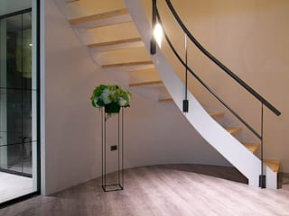 homify Asian corridor, hallway & stairs