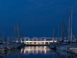 Centro comercial y de ocio El portalet Centros comerciales de estilo moderno de Fenwick Iribarren Architects Moderno