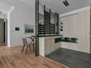 想。享 斯堪的納維亞風格的走廊,走廊和樓梯 根據 存果空間設計有限公司 北歐風