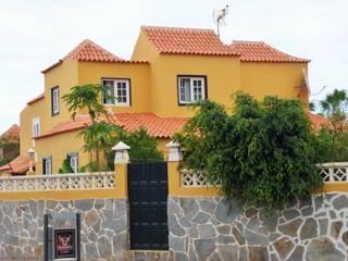 Chalet adosado en Playa Jardín- Puerto de la Cruz, Tenerife:  de estilo  de Home Staging Tenerife 360º- Idoia Askasibar