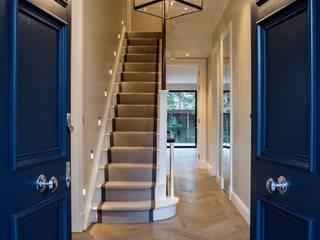 Corridor & hallway by Studio K Design, Modern