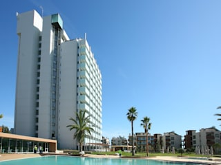 Troia Resort Jardins modernos por J.J. Silva Garcia, arquitecto Lda. Moderno