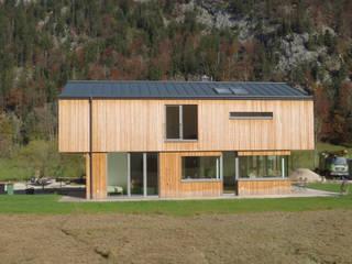 Einfamilienhaus Fuschl Moderne Häuser von illichmann-architecture Modern