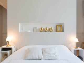 17 Chambre moderne par Atelier Claire Dupriez Moderne