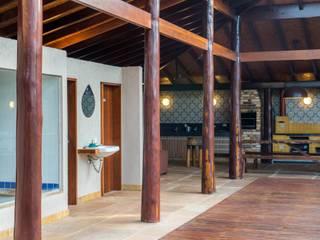 Nhà để xe/Nhà kho theo Aptar Arquitetura, Mộc mạc