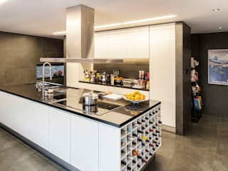 INAIN Interior Design Modern kitchen