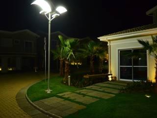Condomínio Belle Ville Barão Geraldo Campinas Jardins modernos por Garden Light Paisagismo Moderno