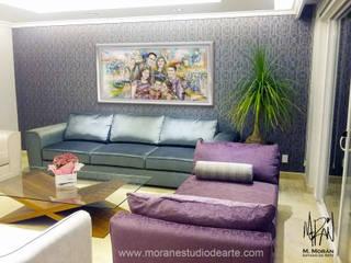 Haz de los momentos familiares el gran motivo para adornar la sala de tu hogar.:  de estilo  por MORAN Estudio D Arte