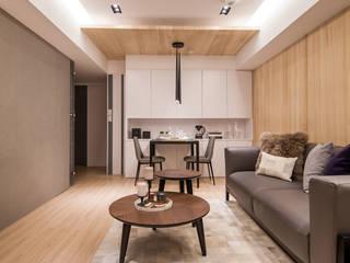 原木與灰色調堆疊的安穩:   by 城業空間設計有限公司